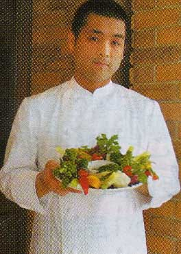 レストラン・トーイの東井孝明さん