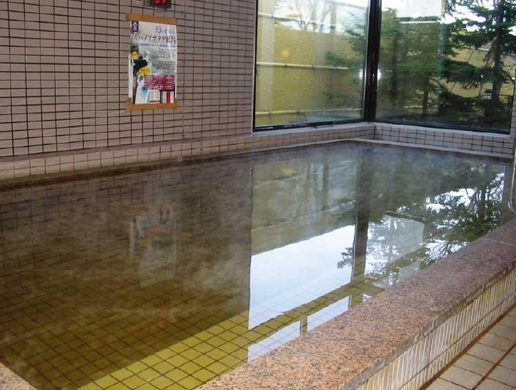 丘の上温泉富士のカバノアナタケ風呂