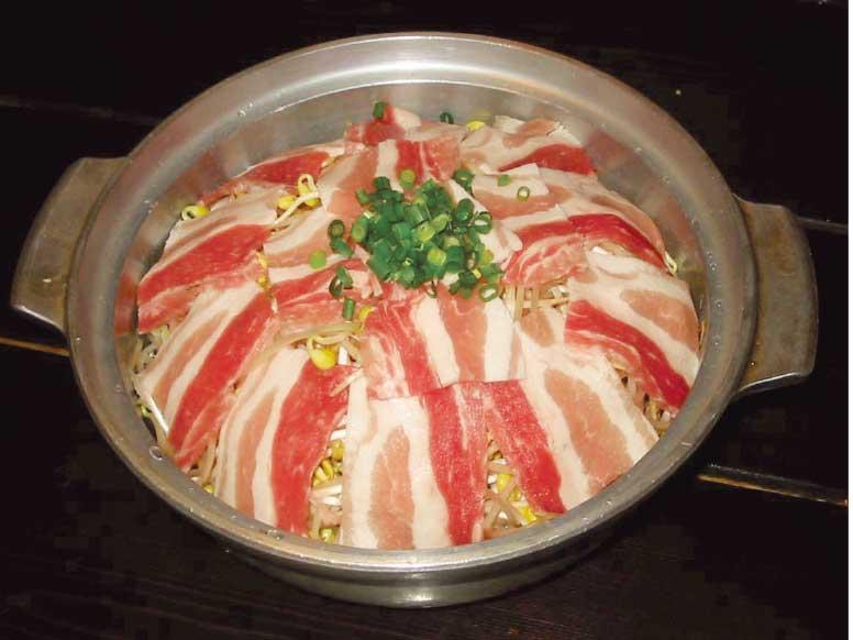 ○△□焼函館冨紗家の豚もやしセイロ蒸し鍋