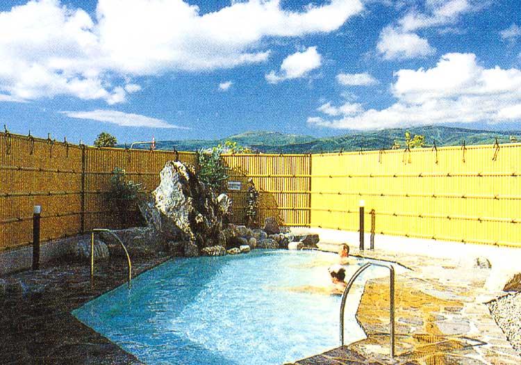 アップル温泉の露天風呂