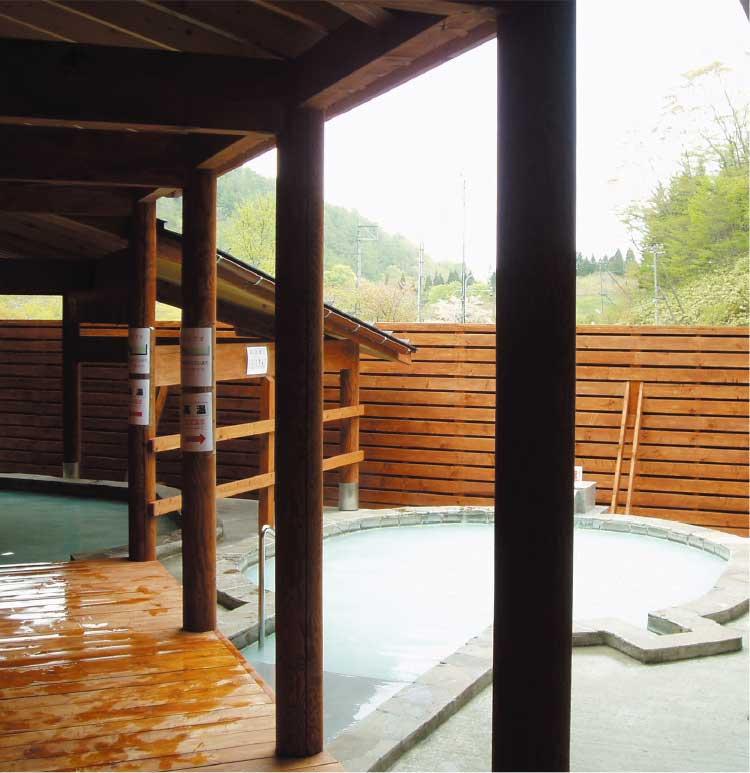 南かやべ保養センターひろめ荘の露天風呂