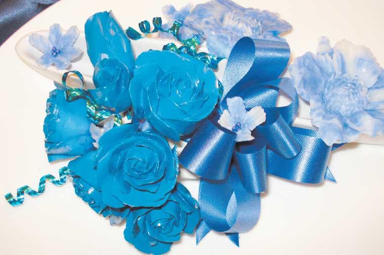 ソープカービングで作られた青いバラ