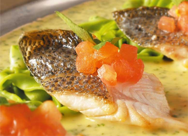 函館大沼プリンスホテルのバイキング魚料理