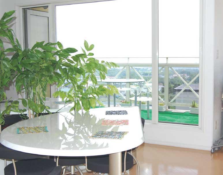 癒しの小部屋あとりえ空の窓から見える景色