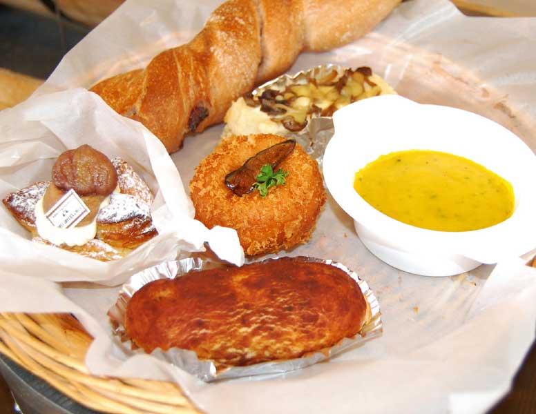 ジョリジュワジョイスのパン5種とポタージュセット