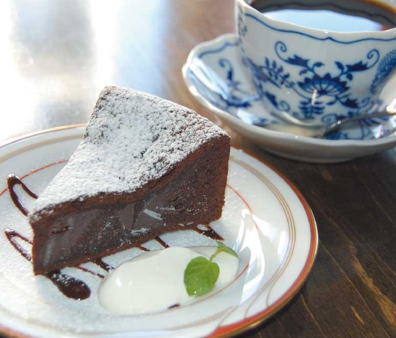 バール・デル・クロエのケーキセット