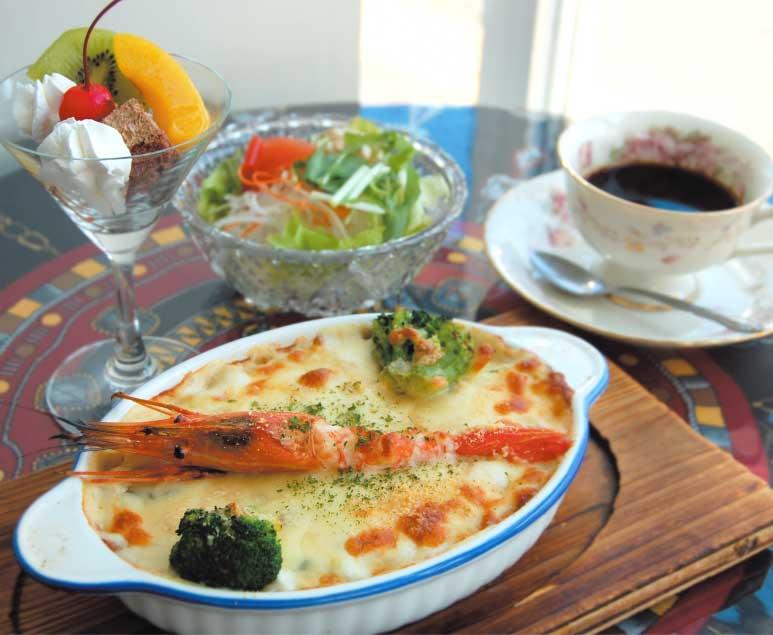カフェ&レストランAOKIのシーフードグラタンランチ