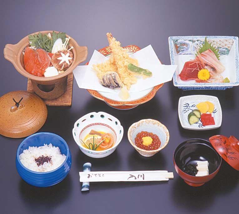 湯元入川のお刺身・天ぷら定食