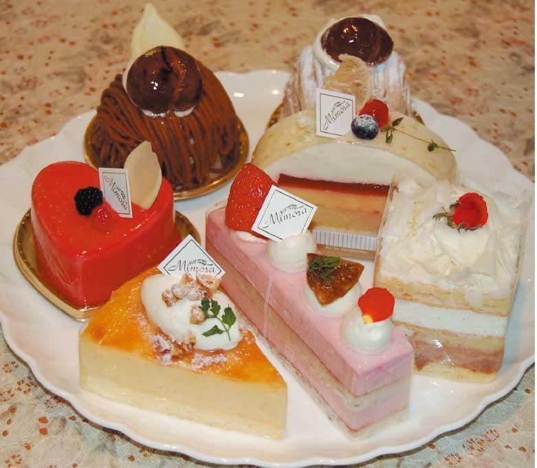 ミモザの各種ケーキ