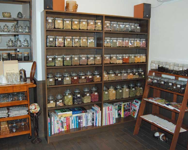 アトリエ花茶で飲める沢山のハーブ