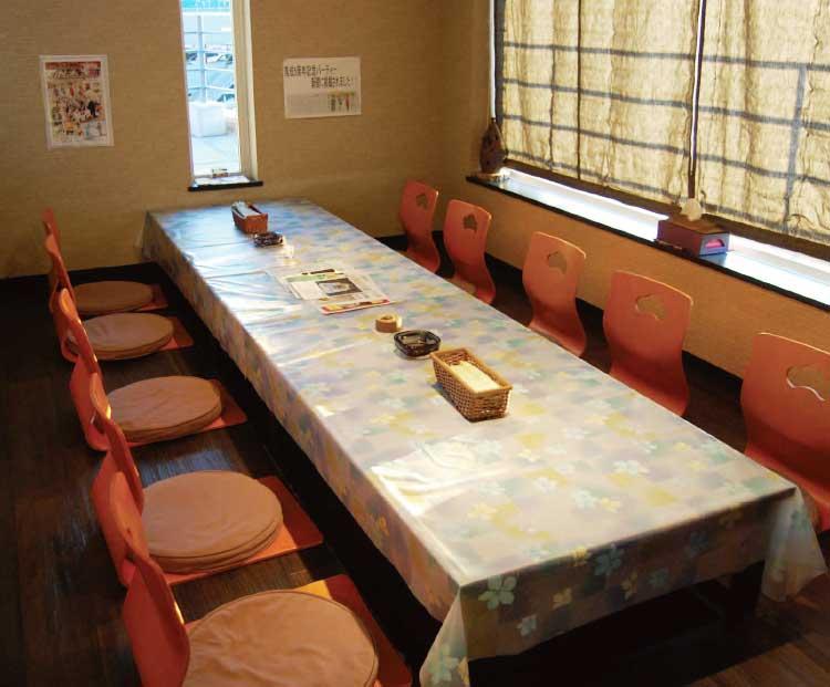 カフェ&レストランあおきの掘りごたつ個室