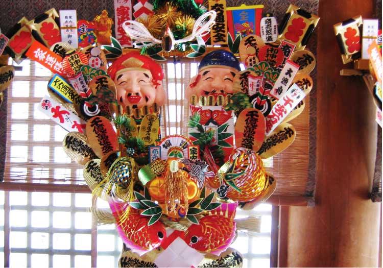 函館八幡宮の熊手