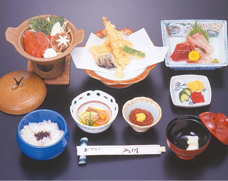 湯元「入川」お部屋食プランの食事