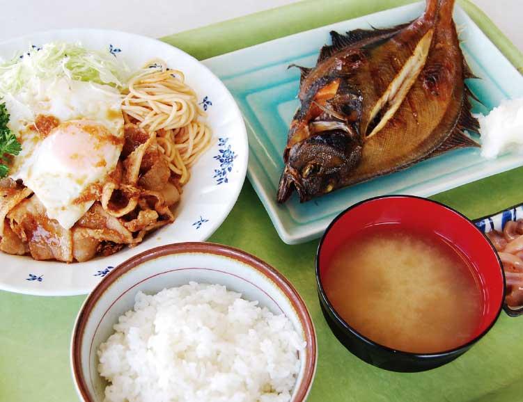 魚いち亭のダブル定食