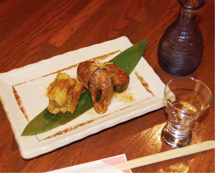 まるよしの秋刀魚と秋ナスの味噌煮