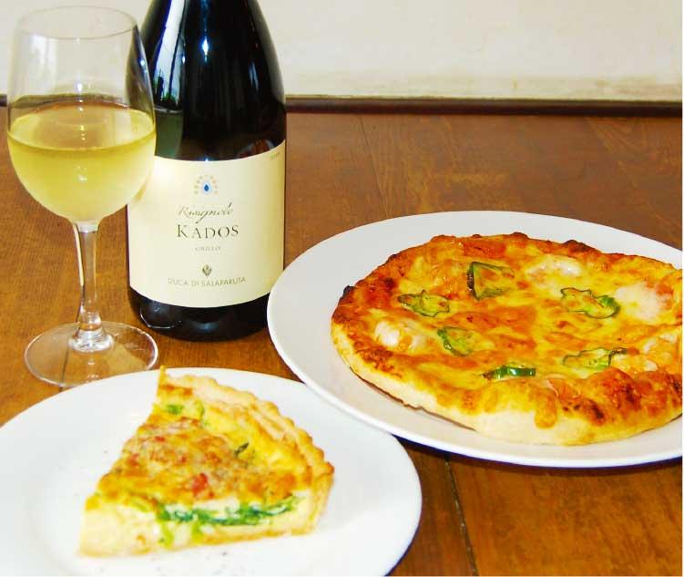 かぜまち軒のピザと白ワイン