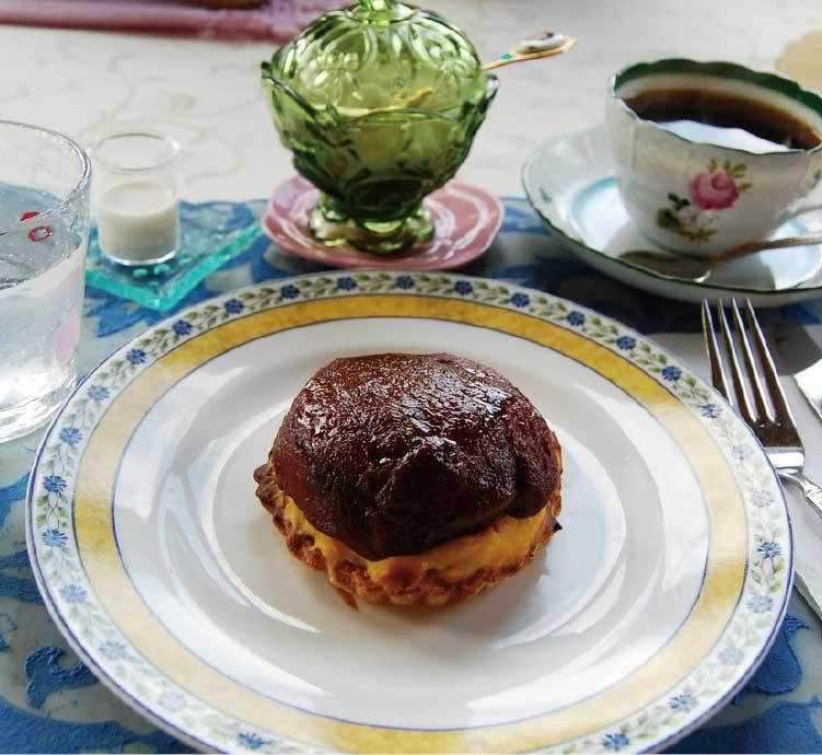夏井珈琲ブリュッケのカスタードパイ・アップル