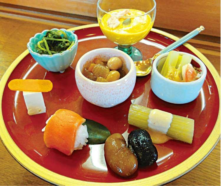 日本料理駒ケ岳の南瓜の食べるスープ和風仕立