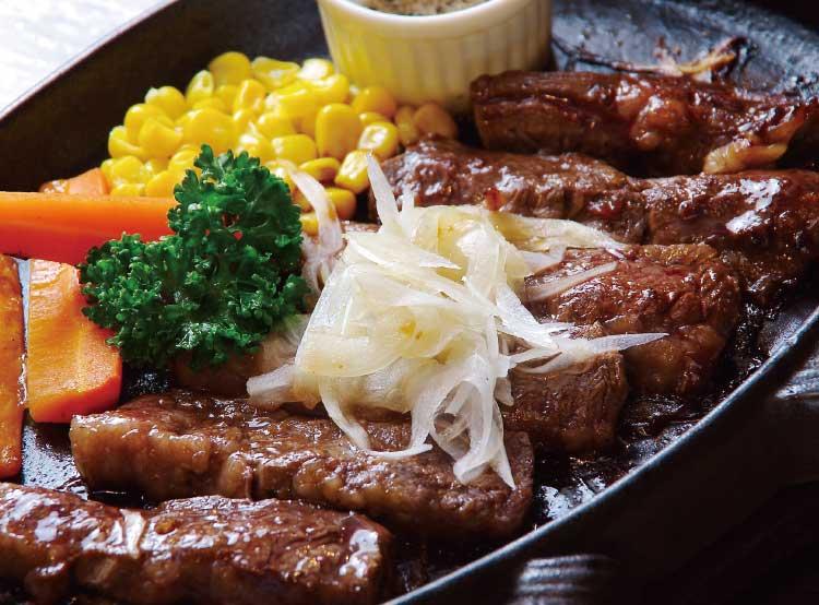 ステーキ居酒家笑う門の牛ハラミカットステーキ和風ソース