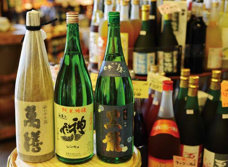 地酒の蔵舎の各種焼酎や地酒