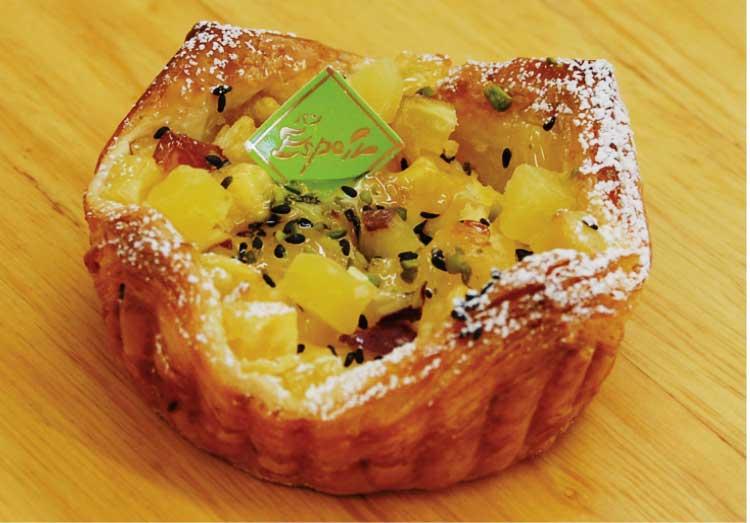 ン・エスポワール戸倉店の安納芋とクリームチーズのデニッシュ