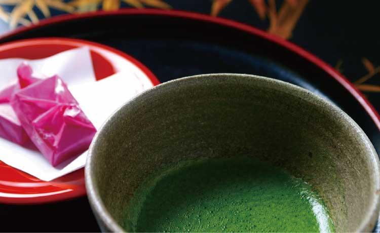 竹葉新葉亭の抹茶とお茶菓子