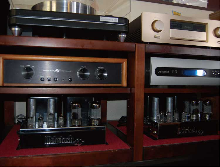 オーディオショップMAROのオーディオシステム展示ブース