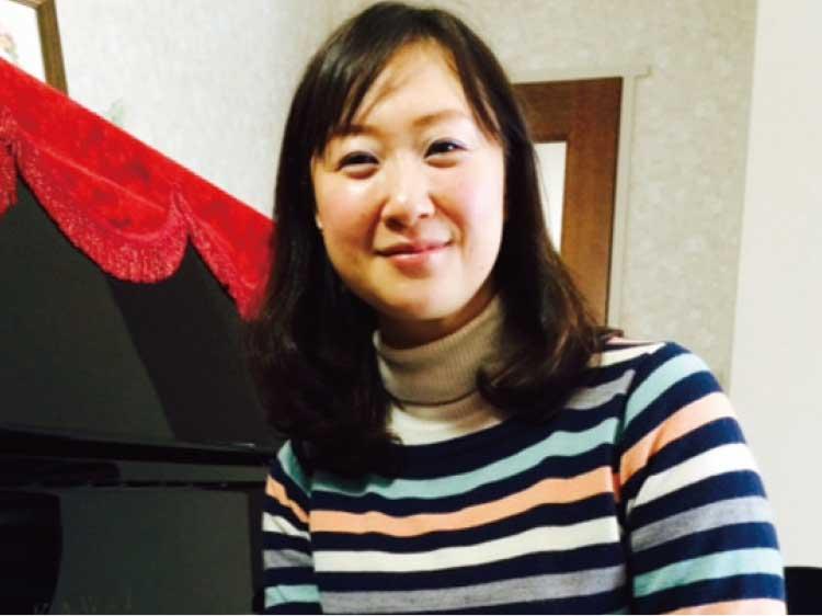 ピアノ講師の本多依子さん