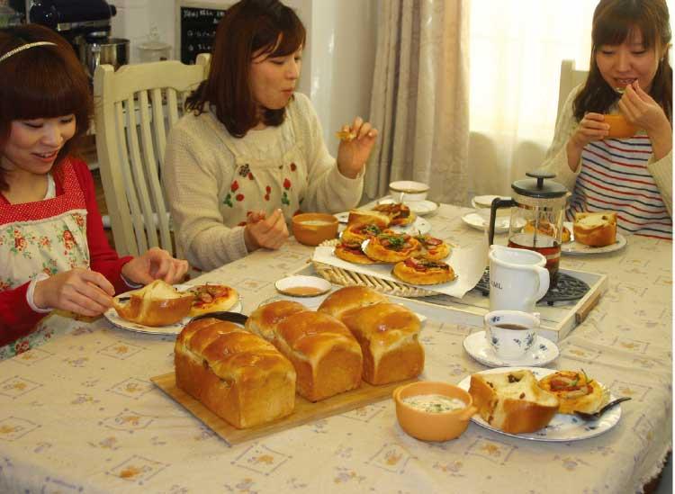 柏桜通りのパン教室キッチン