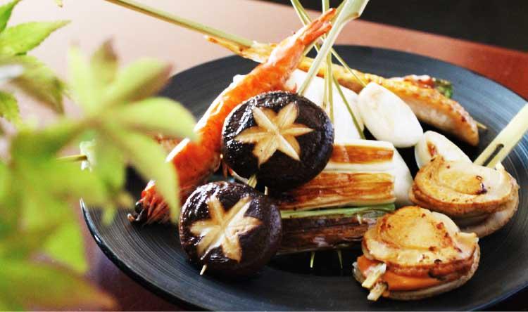 和食居酒屋いちいの鉄板の串焼き