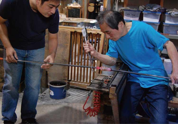 ザ・グラススタジオイン函館のグラスを作ってる工房