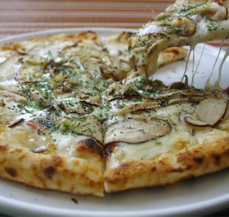 ピザの専門店じゃんけんぽんのピザ