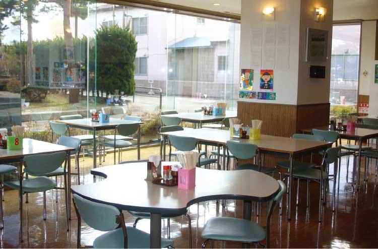 函館市総合福祉センター内の軽食喫茶たんぽぽ店内