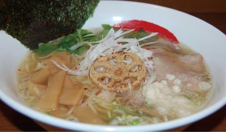 ラーメン専科麺次郎田家店の麺次郎流白しょうゆラーメン