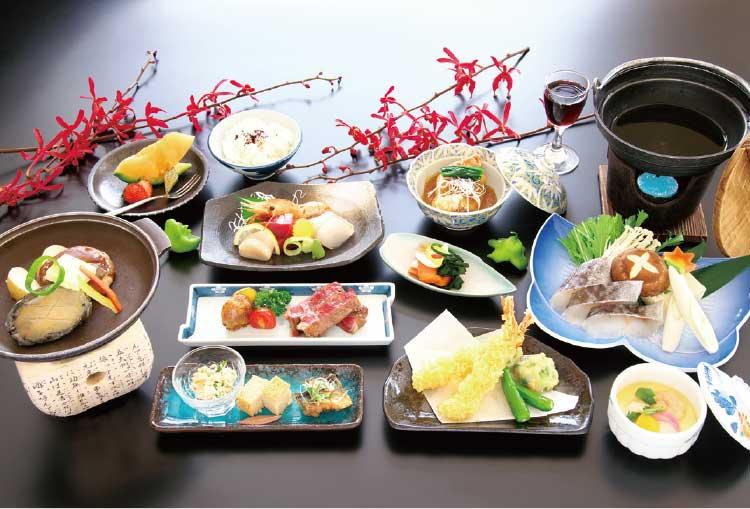 河畔亭の忘・新年会5400円プラン料理