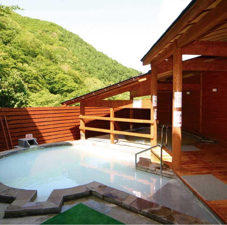ひろめ荘の露天風呂