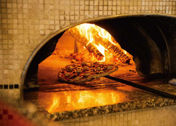 ピッツェリア・アモリーノの焼き窯