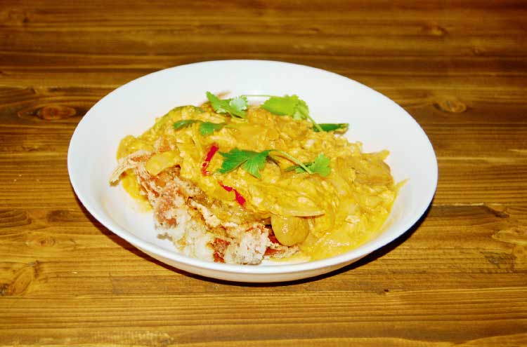 「Aoutheast Cuisine Shamballa」のプーパッポンカレー