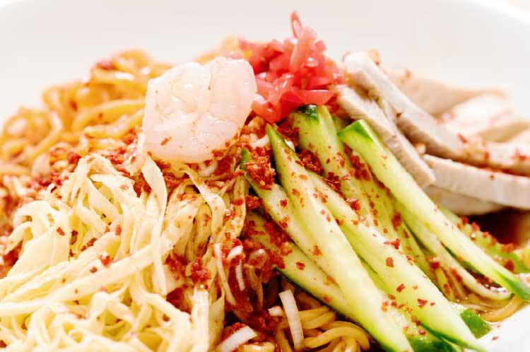 函館麺屋ゆうみんの激辛冷拉麺・赤