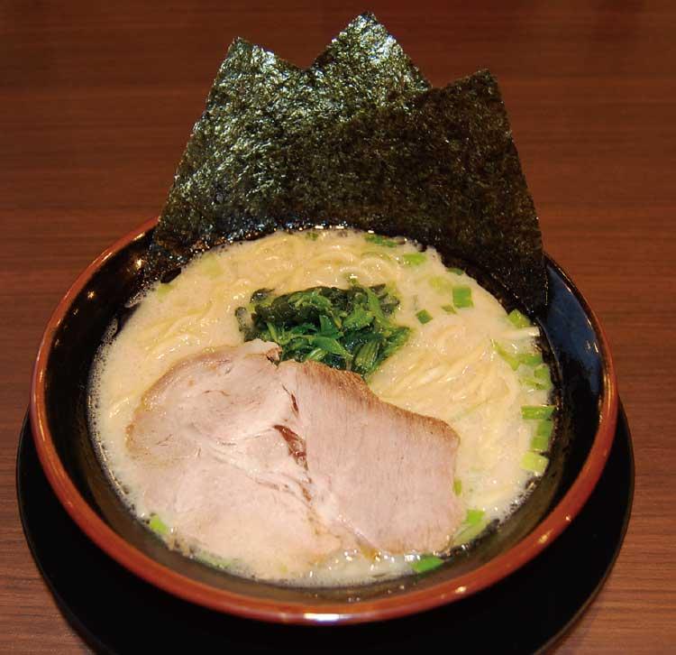 横浜家系ラーメンおばら家の豚骨醤油ラーメン