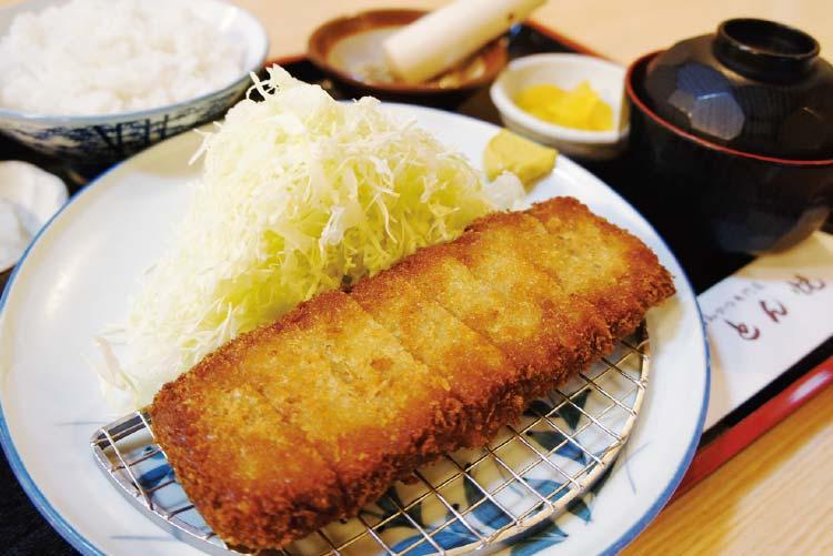 とん悦の北海道産ヒレとんかつ定食