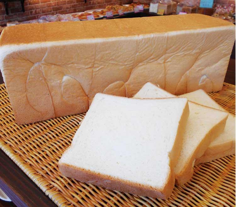 ホームベーカリードッポの食パン・エリザベス