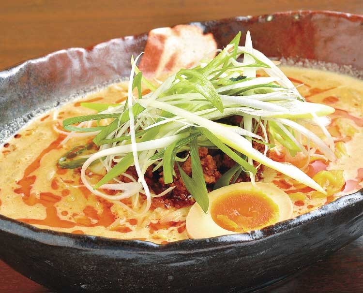 らーめん初代・社の超たんたん麺
