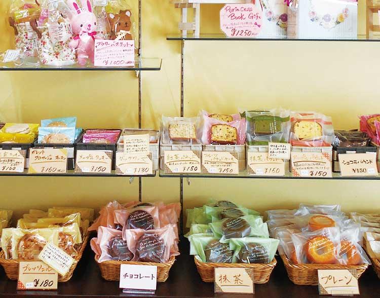 ローリエ末広屋の焼き菓子コーナー