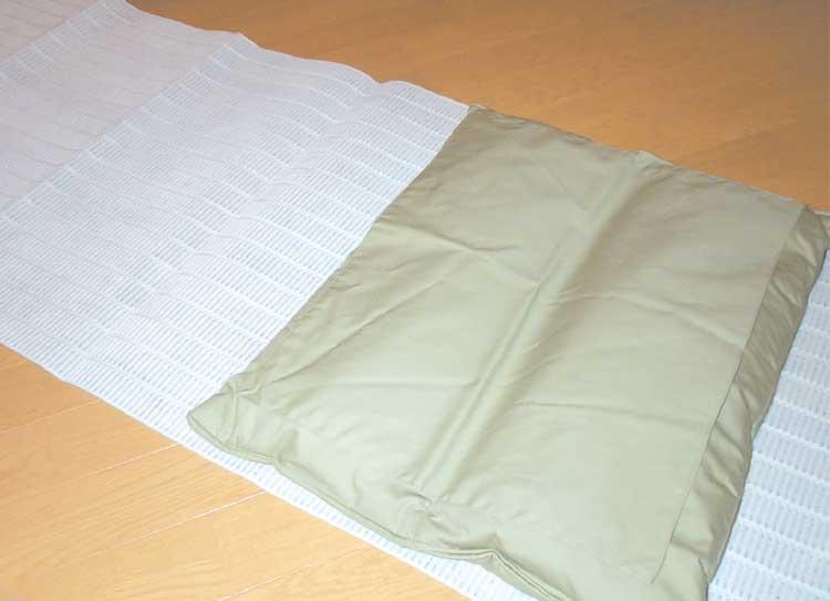 株式会社ナルミの竹炭枕