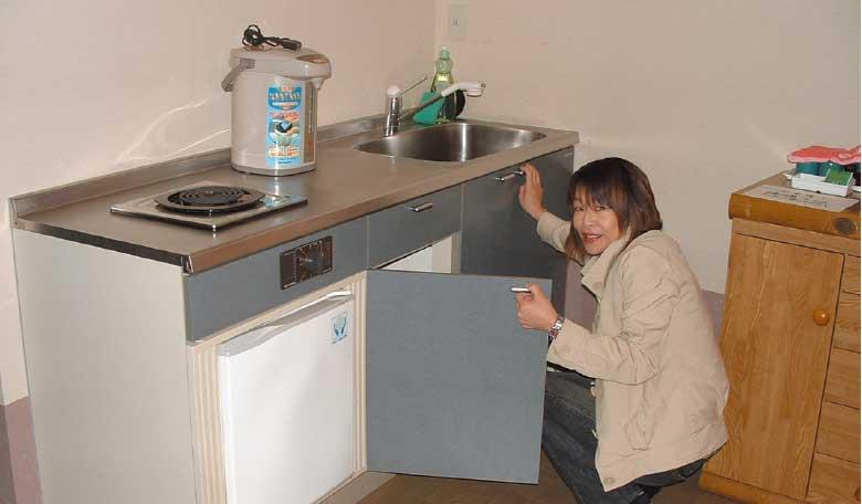 コテージ備え付けのキッチン