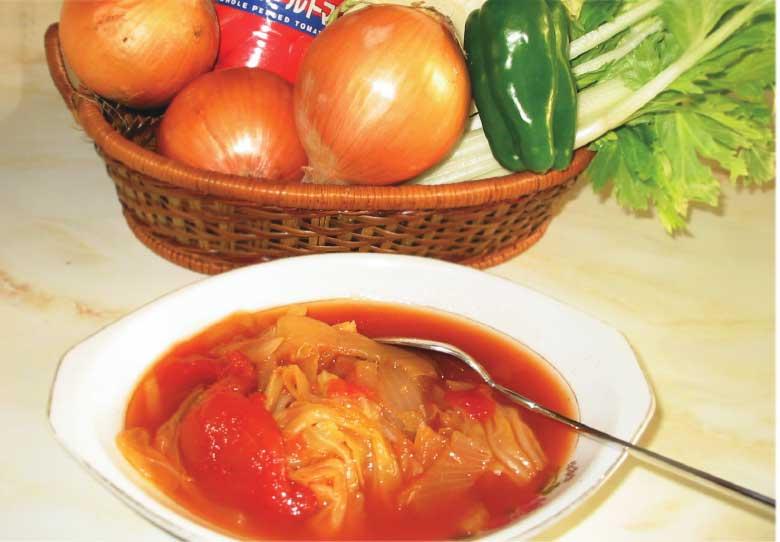 トマトベースの野菜たっぷりダイエットスープ