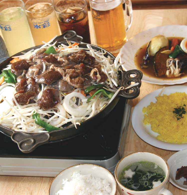 松尾ジンギスカンの食べ飲み放題コースの料理