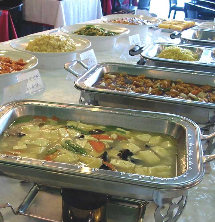 中国料理華道天津のランチバイキングの中華料理