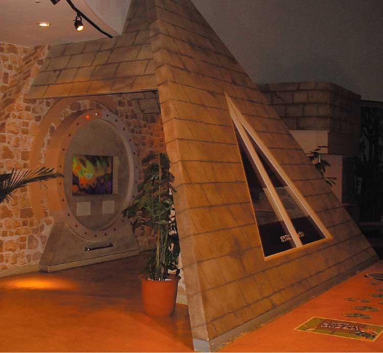 青森観光物産館アスパム内にあるエネルギー館・キャプテンジーオ
